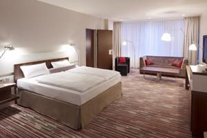 Nikko Hotel & Nikko Convention Center opens