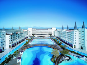 •Mardan Palace: opens in Antalya in May