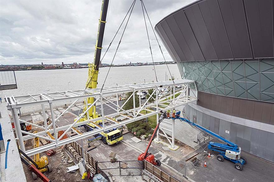 New bridge connects ACC Liverpool to Exhibition Centre Liverpool (c. Paul McMullin)