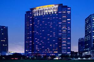 Terrorists make further bomb threats to Jakarta hotels