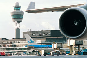 Holland scraps airport tax