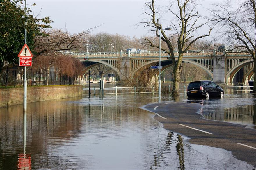 Floods force Runnymede-on-Thames hotel to close again