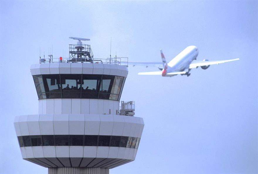 Key business routes bring 85,000 more passengers through London Gatwick