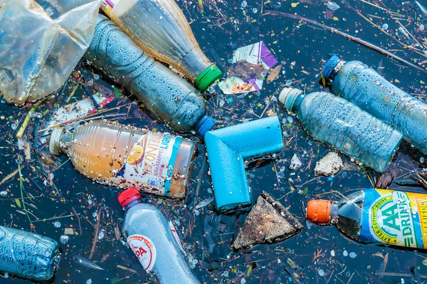 10 ways to cut down on plastic waste at events | C&IT