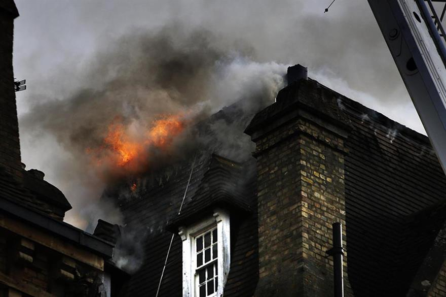 Fire at the Macdonald Randolph Hotel, Oxford (© oxfordmail.co.uk)