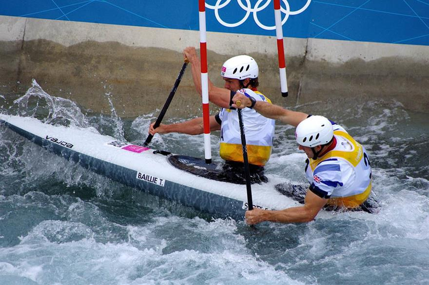 Etienne Stott (right) wins gold at London 2012 Olympics
