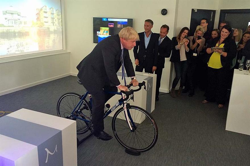 Boris Johnson opens new M office in Isleworth
