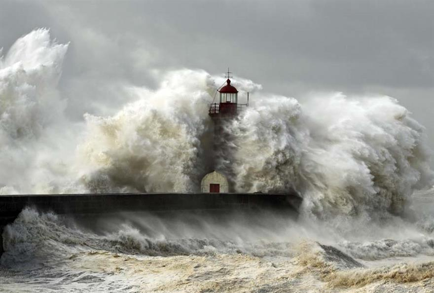 St Jude storm: travel association cancels conference