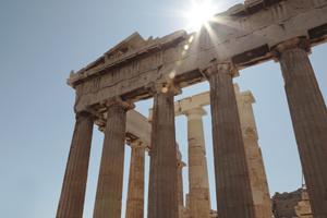 Greece targets C&I buyers following economic crisis
