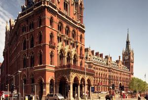 Enter to win luxury London break