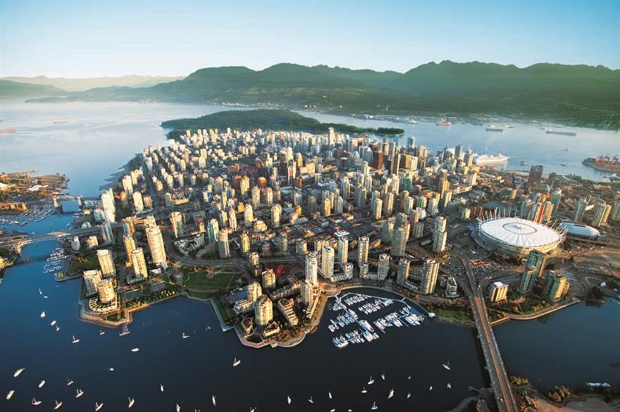 Vancouver, Canada (© Albert Normandin)