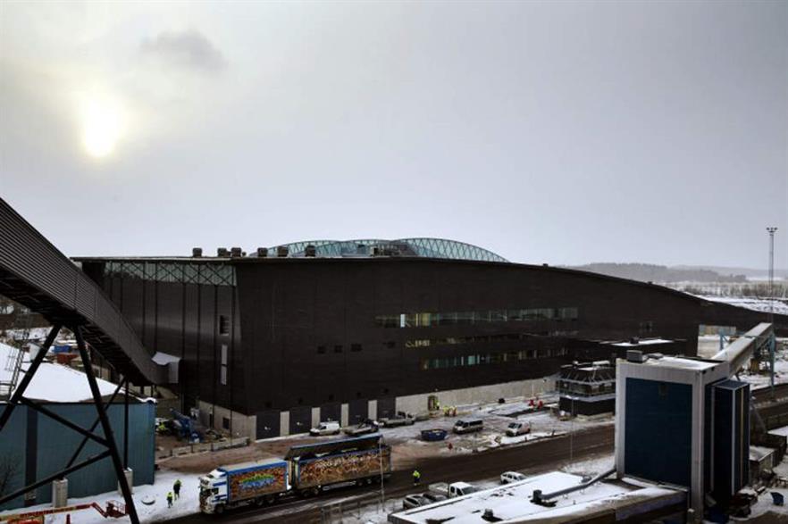 The waste storage and preparation building at Mälarenergi's Västerås CHP complex. Credit: CC-BY-3.0 Lasse Fredriksson