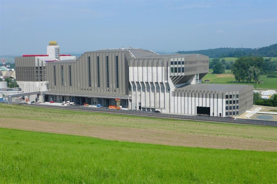 The Renergia EfW plant supplies heat to a paper factory