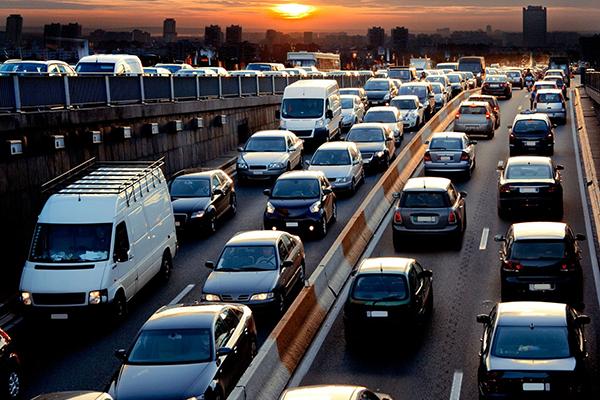 Ireland should cut traffic emissions with biofuel