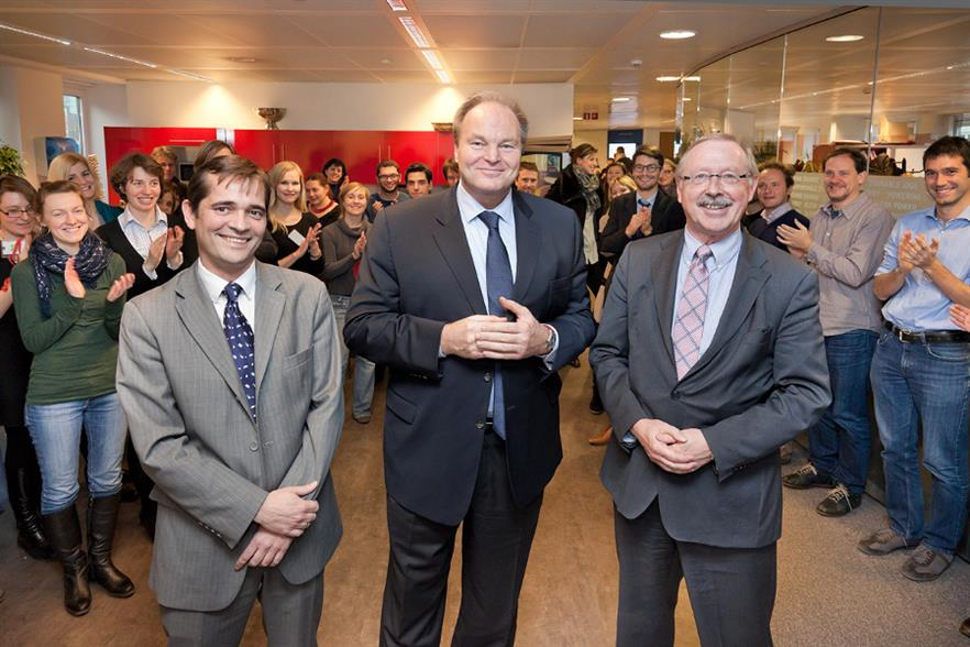 Becker (centre) being introduced to EWEA staff