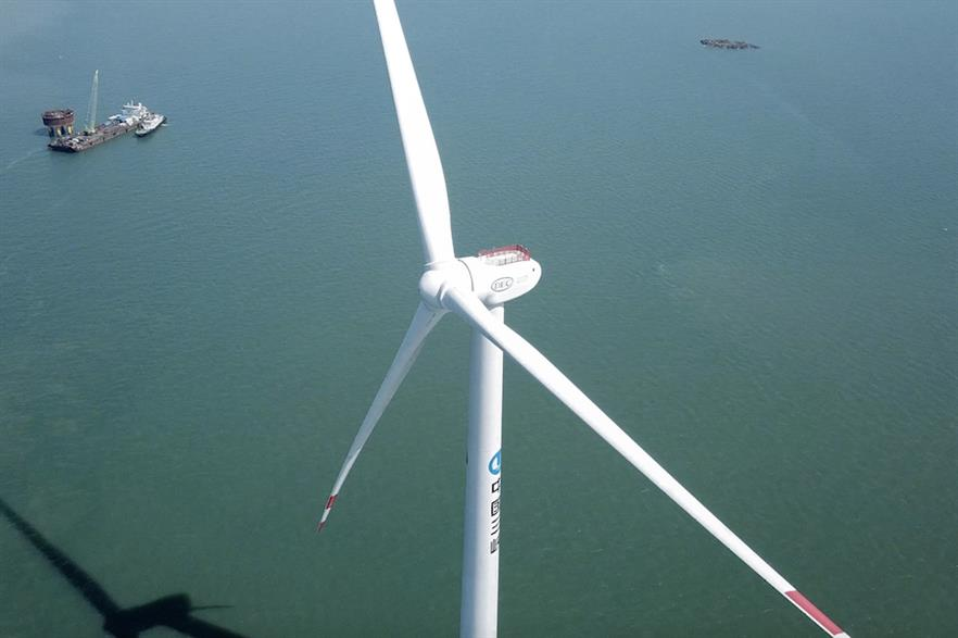 Dongfang's 10MW turbine being installed at the demonstration site in Xinghua Bay