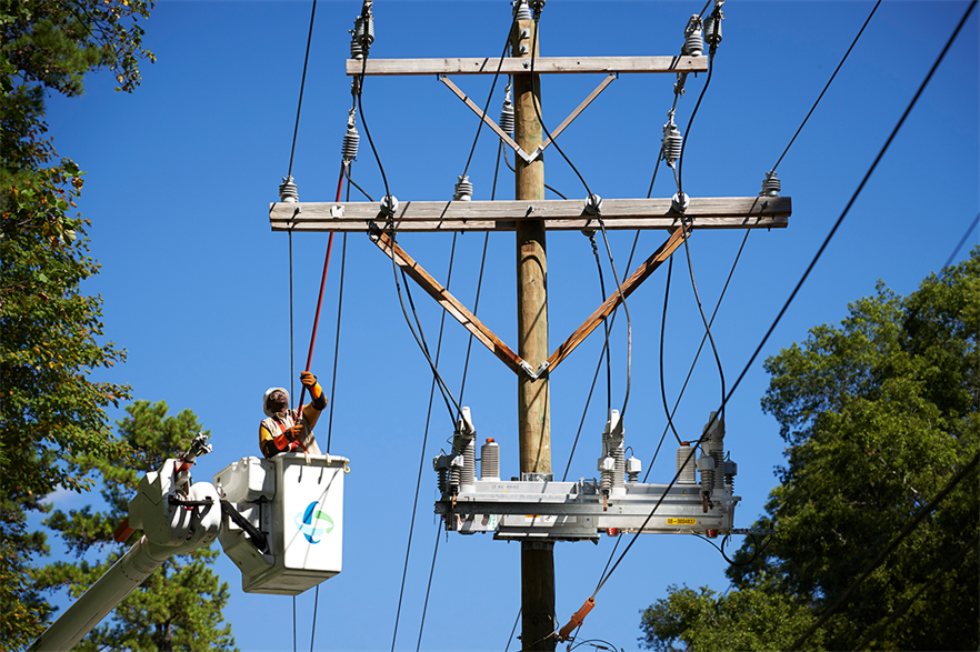 Grid-enhancing technologies could speed up connection queues while grids are upgraded (pic: Duke Energy/Roger Ball)