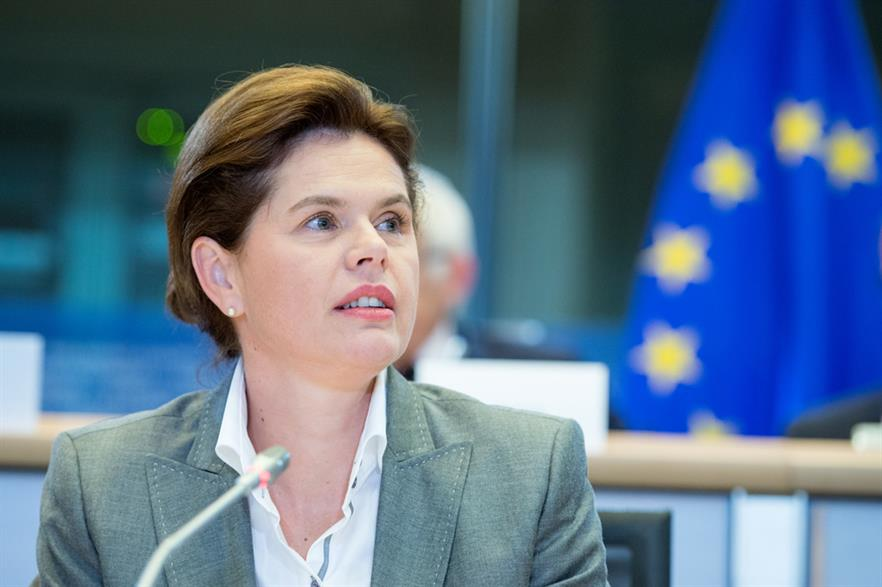 Alenka Bratusek faced questioning by MEPs (© European Union 2014 - European Parliament)