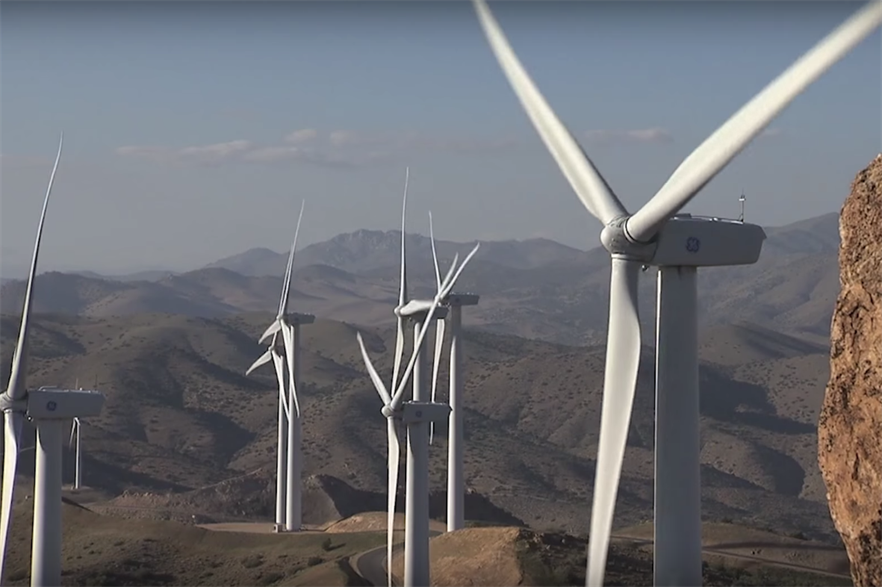 Thunder Ranch uses GE Renewable Energy 2.3MW and 2.5MW turbines