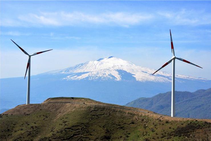 The 47.6MW Alcantara in Sicily comprises 56 Gamesa G52/850 turbines