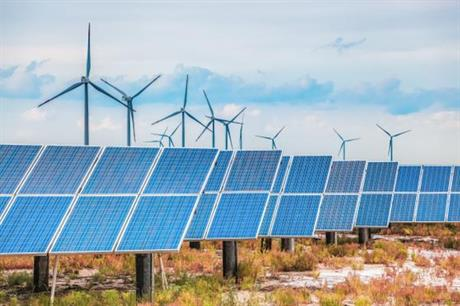 Wind and solar PV operating together in Queensland, Australia (pic: Kennedy Energy Park)