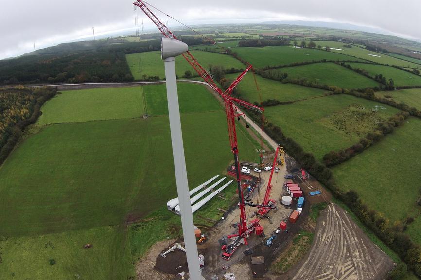 The 37.6MW Killhills site in Tipperary, Ireland (pic: Crane Hire Ltd)