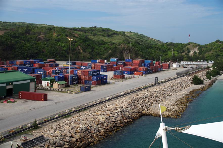 The wind-solar-storage hybrid project will power a mine near Port Ehoala (pic:Balou46/wikimediacommons)