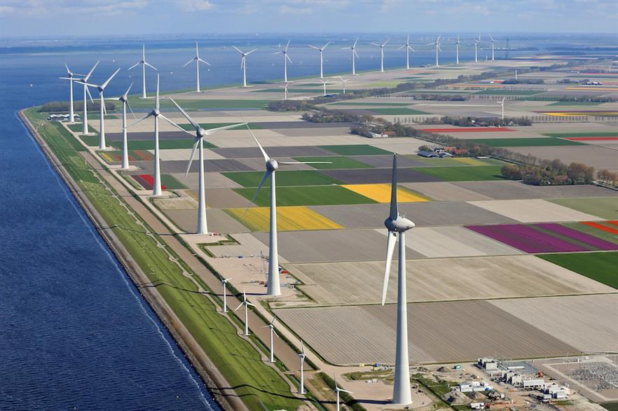 The 429MW Noordoostpolder project, also in Flevoland, combined onshore repowering using Enercon 7.5MW turbines with a new nearshore site (pic: Klaas Eissens/RWE)