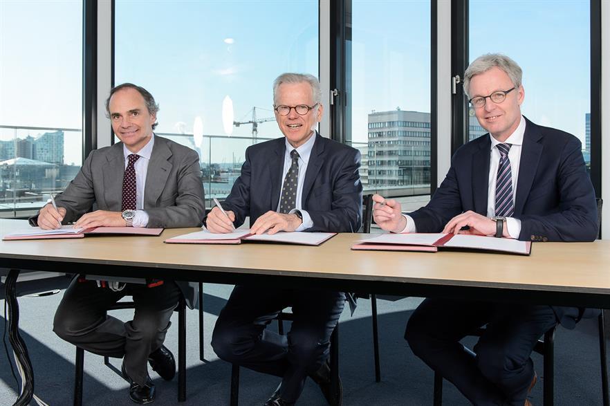 Left to right: Acciona Group head of corporate development Juan Muro-Lara Girod, Nordex chairman Wolfgang Ziebart and Nordex CEO Lars Bondo Krogsgaard