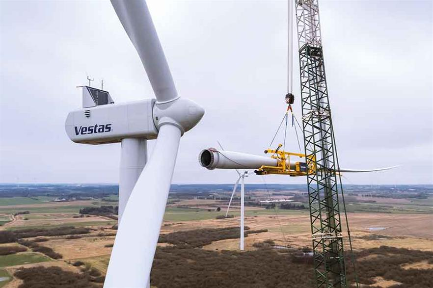 Minimal changes… Longer blades for Vestas 2.2MW turbine do not impact on transport logistics