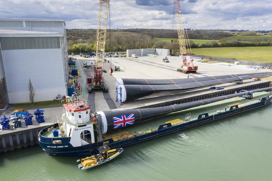 Vestas recently celebrated its more than 20-year history at its Isle of Wight facility in Newport with the production of its 1000th offshore wind blade from the facility