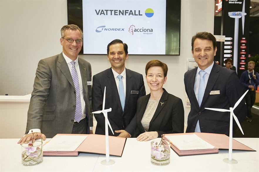 Nordex and Vattenfall signed the turbine purchase agreement at the Global Wind Summit in Hamburg
