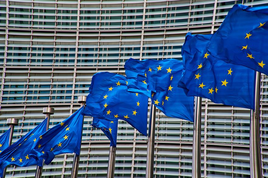 The European Commission should pressure member states to simplify permitting procedures