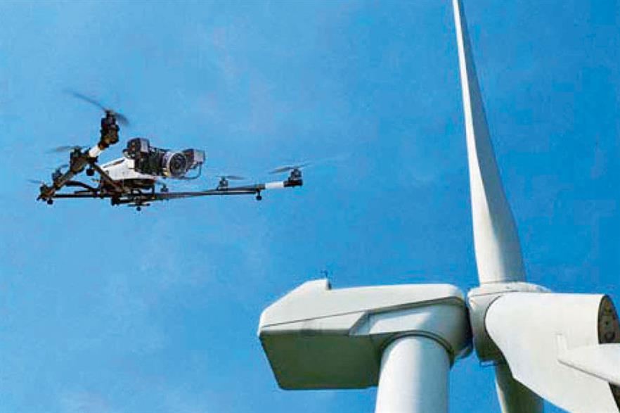 No human input… Flightkam prototype drone scans blades and compares images to blueprints