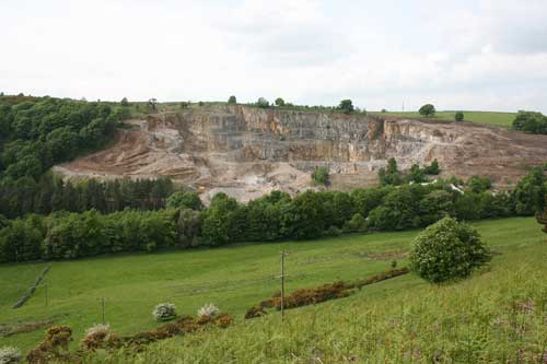 Minerals: major suppliers make up for local deficits