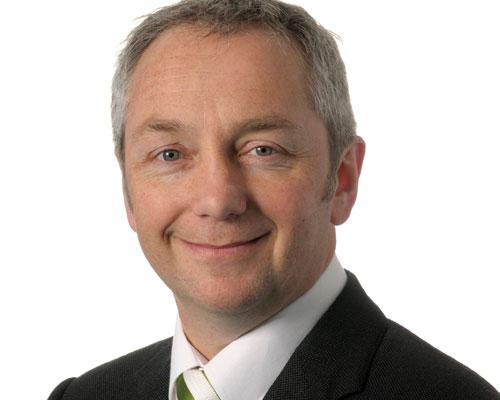 Dr Fergus Charlton
