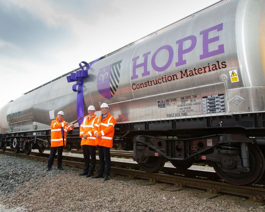 Use of rail to transport aggregates increased by over 65%. Picture Hope Contruction Materials