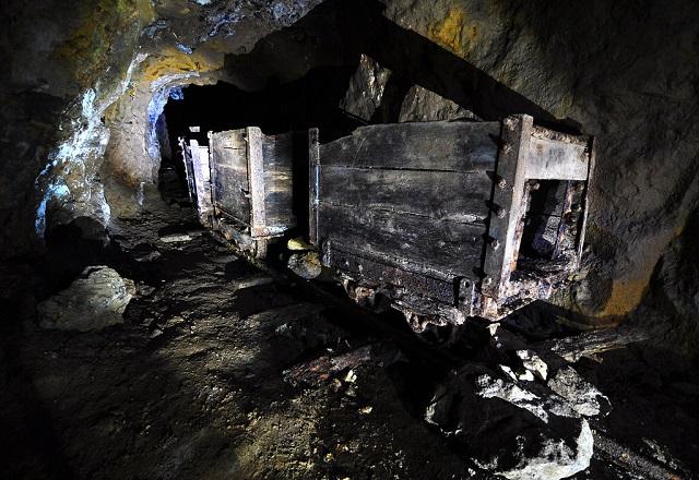 An old mine (photograph: b3tarev3)