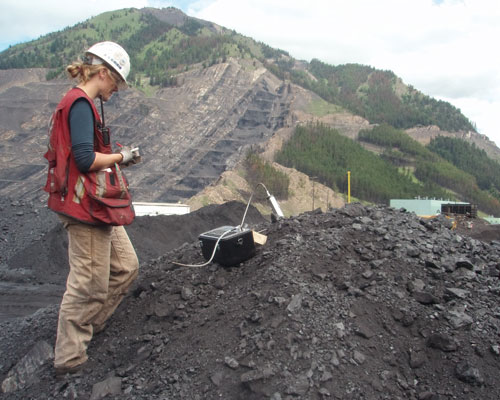 The Ash Probe is a hand-portable device which measures the ash content of conveyed coal. Credit: Bretby Gammatech