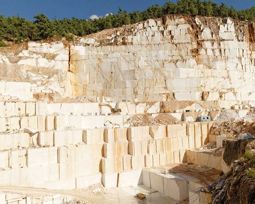 Excavation of white marble in Greece (credit: Adrienn Orbanhegy/123RF)