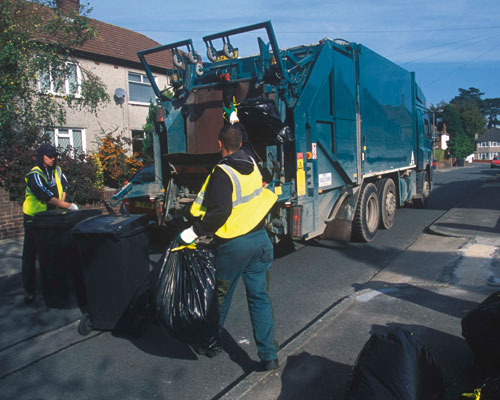 Kerbside waste collection. Credit: Recycle Now Partners