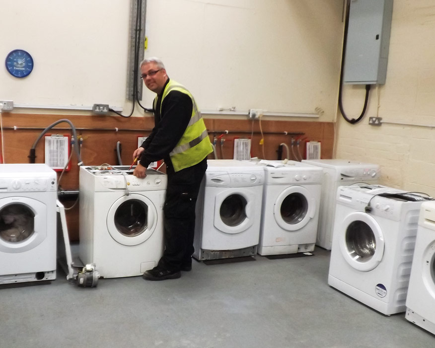 White goods: local training opportunities (credit: Gwyn i Wyrdd)