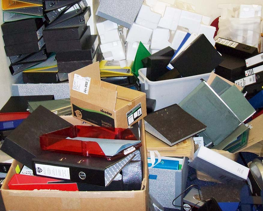 Office supplies: reuse can save procurement time (credit: WarpIT)