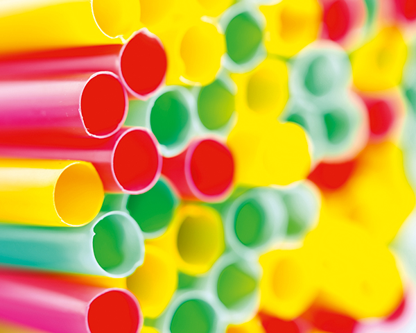 Straws are among non-recyclable items. Photo: Liwei 12/123RF