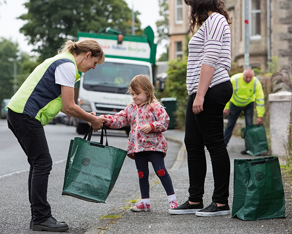 Engaging residents in a kerbside collection. Photograph Zero Waste Scotland
