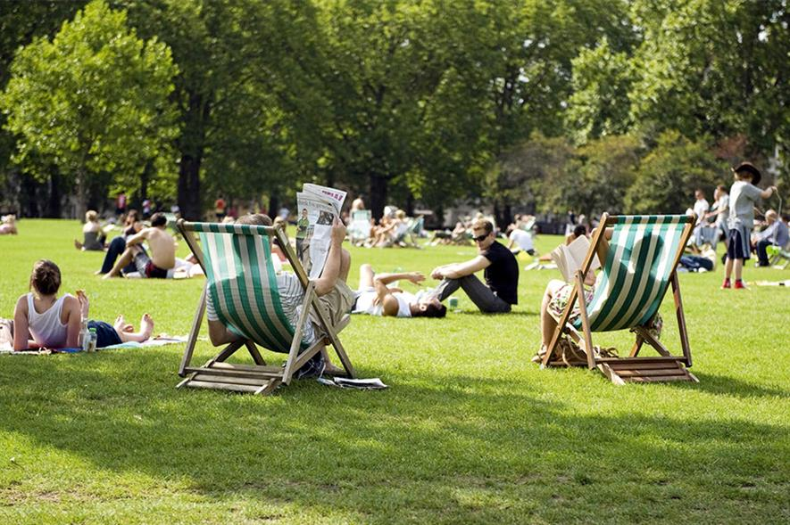 Parks: quality put at risk by further Government cuts - image: © Anne Marie Briscombe/The Royal Parks
