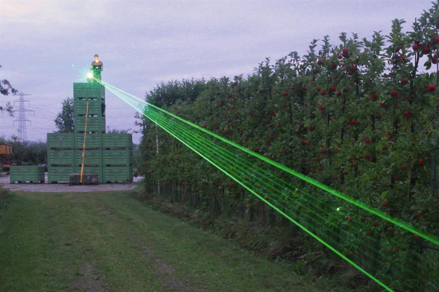 Agrilaser system: laser makes random sweeps in a designated area - image: CLM