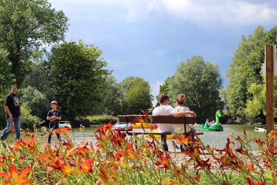 The boat race at Alexandra Park. Image: Alexandra Park & Palace Charitable Trust
