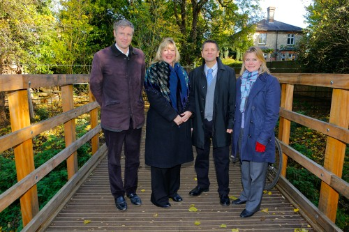 Bridge over Beverley Brook: (l - r) Zac Goldsmith, Linda Lennon, Peter McBride, Justine Greening