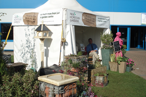 Best Themed Promotion - New Hopetoun Gardens - Plants for Wildlife and Gardeners - image: HW